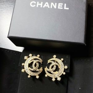 Chanel Moon Pearl Clip-on Earrings